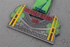 Pole Position 77 : medallas con esmalte poleposition es ~ Medecine-chirurgie-esthetiques.com Avis de Voitures