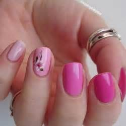 Nice looking gradient pink nail art design the uses