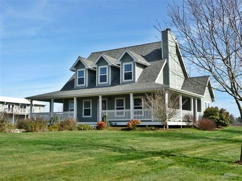 country style homes wrap around porch beautiful wrap around porch on oregon
