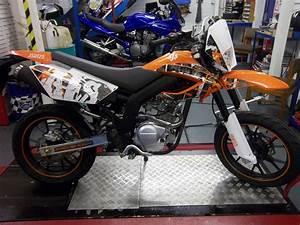Ajs Jsm 125cc Supermoto Motorbike Learner Legal Bike 125 Cc Motorcycle