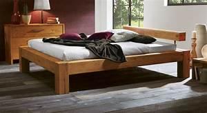 Bett Mit Komforthöhe : bett in komforth he aus massivem wildeichenholz rustico ~ Markanthonyermac.com Haus und Dekorationen