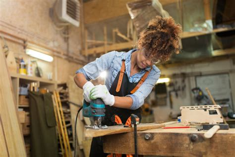 women   involved  woodworking easy