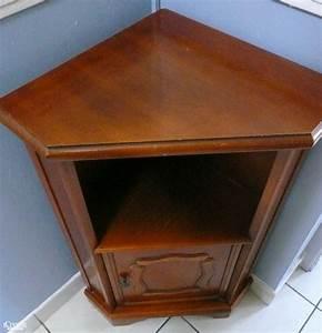Petit Meuble En Bois : petit meuble d 39 angle en bois exotique ~ Teatrodelosmanantiales.com Idées de Décoration