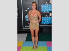 MTV Video Music Awards 2015 topless, sans culotte les