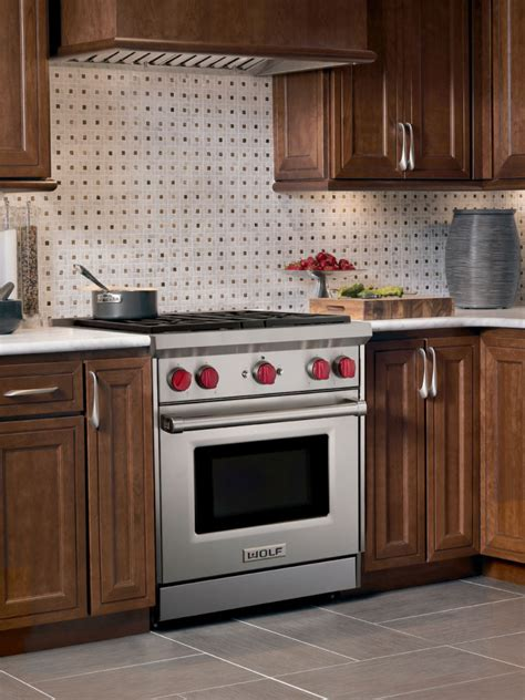 wolf gr   pro style gas range   dual stacked