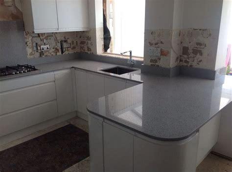 quartz worktop light grey mirror fleck kitchen