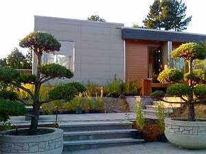 Amenagement exterieur maison jardins d39entree modernes for Exceptional decoration jardin exterieur design 2 amenager une entree de maison moderne