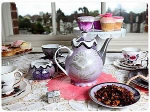 Sadia's Tea Party | Around the World in Tea: England