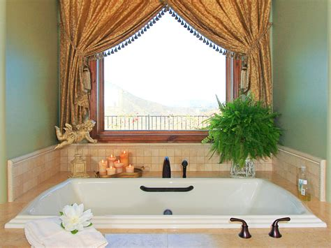 Small Bathroom Decorating Ideas Cheap Decor Intended For
