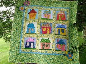 You have to see Wonky House Quilt by 2strings!