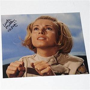 Linda Miller as Lt Susan Watson in King Kong Escapes
