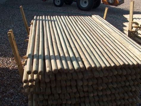 1.5m (5ft) Tall 40mm Round Wooden Pointed Treated Fence