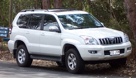 toyota land cruiser prado  pakistan
