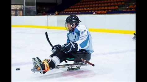 /ˈaɪ̯.so.ke/ (often in common speech). Sport mit Handicap: Sledge-Eishockey - YouTube