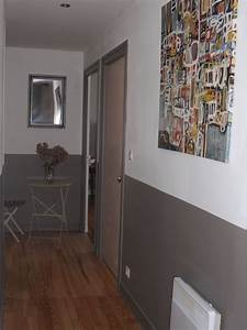 Peinture Blanc Gris : peinture mur horizontale avec moulure collection avec idee deco avec idee deco couloir peinture ~ Nature-et-papiers.com Idées de Décoration