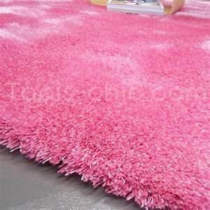 Tapis Rose Fushia : tapis shaggy rose par esprit home with tapis bebe rose ~ Teatrodelosmanantiales.com Idées de Décoration
