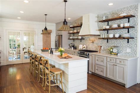 10 Fixer Upper Modern Farmhouse White Kitchen Ideas