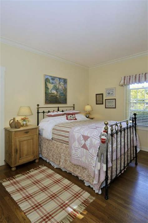 farmhouse interior bedrooms country home decorating ideas creating modern interiors Farmhouse Interior Bedrooms