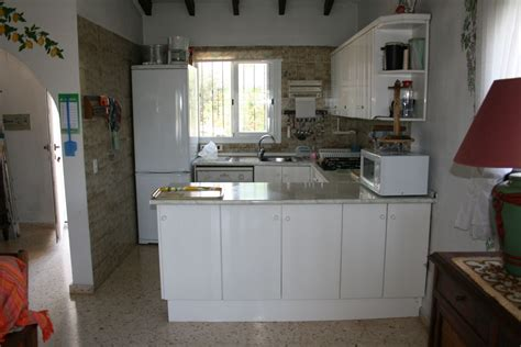 cuisiniste guing intérieur villa cuisine équipée americaine