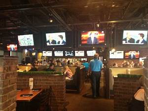 The 5 Best Bars in Phoenix to Watch College Football ...
