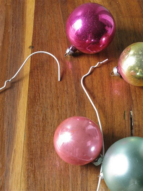 diy christmas wreath from round tree ornaments shelterness