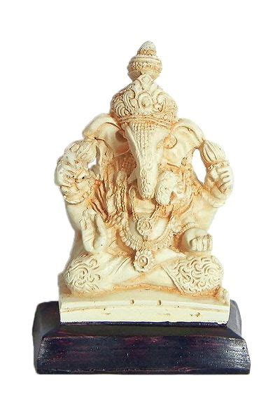 lord ganesha stone dust statue