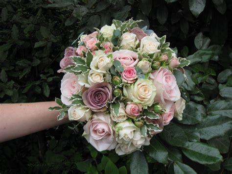 beautiful vintage wedding flowers idea