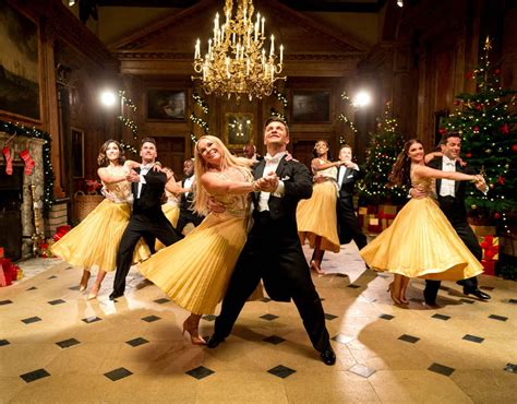 strictly  dancing christmas special celebrity