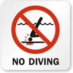 Pool No Diving Signs