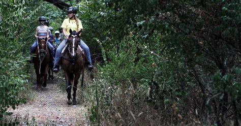go riding horseback places indiana local