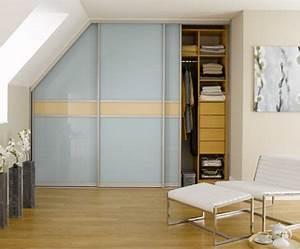 Schrank Bauen Dachschräge : die besten 25 begehbarer kleiderschrank selber bauen ideen auf pinterest begehbarer ~ Markanthonyermac.com Haus und Dekorationen