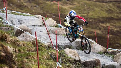 downhill racing  fort william uci mountain bike
