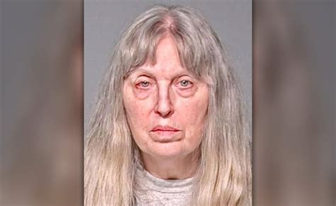 wisconsin woman charged  killing  infants