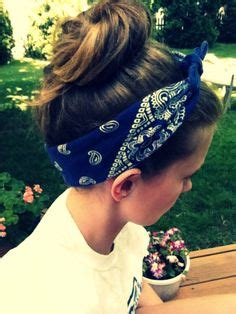 how to style hair with a bandana bandana hair bandanas and hair style on 7071
