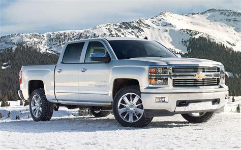 2014 Chevrolet Silverado High Country First Look