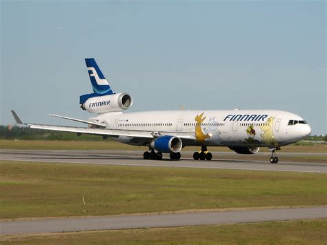 Jet Airlines: finnair airlines on-ground wallpapers