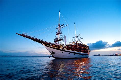 Pirate Party Boat by 14 Astonishingly Romantic Restaurants In Bali For Under