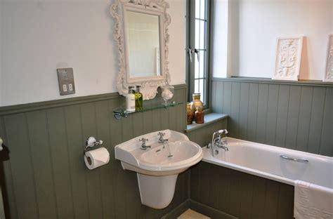 bathroom  wainscoting design ideas small design ideas
