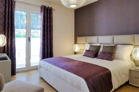 chambre marron beige simple sympathique des chambres a coucher pour des adultes
