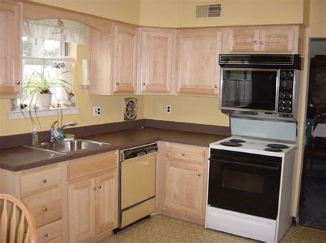 refacing kitchen cabinets ideas 1000 ideas about refacing kitchen cabinets on 4637