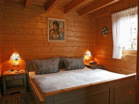 Kleine Motten Im Schlafzimmer. Schlafzimmer Ideen Paletten