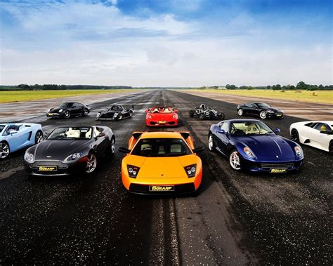 Sports Cars On Road HD Wallpaper - 9to5 Car Wallpapers