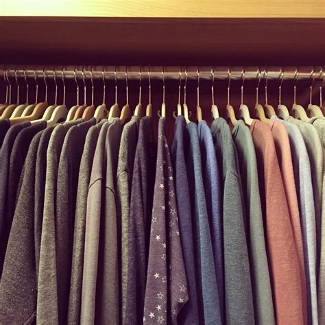 Color Coded Closet by Here S The Approved Way To Organize Your Closet