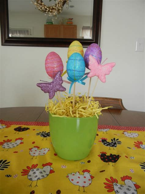 Spools And Spatulas Easter Table Centerpiece