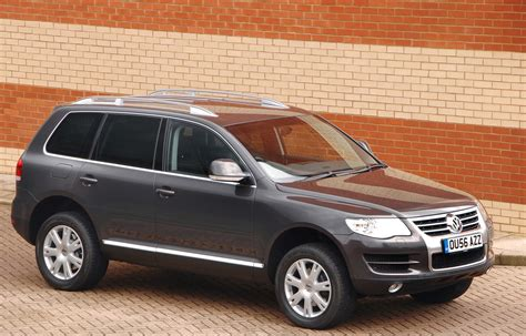 Volkswagen Touareg 2003 by Volkswagen Touareg Estate Review 2003 2009 Parkers