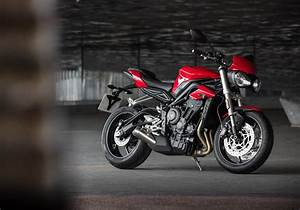 Street Triple 2017 : 2017 triumph street triple teased ahead of india launch on june 12 ~ Maxctalentgroup.com Avis de Voitures
