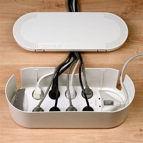 logiciel pour ranger bureau 15 idées pour cacher et ranger vos câbles fils et prises