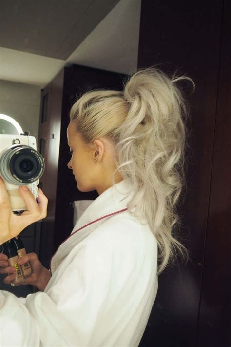 Best 25  High curly ponytail ideas on Pinterest   Curly