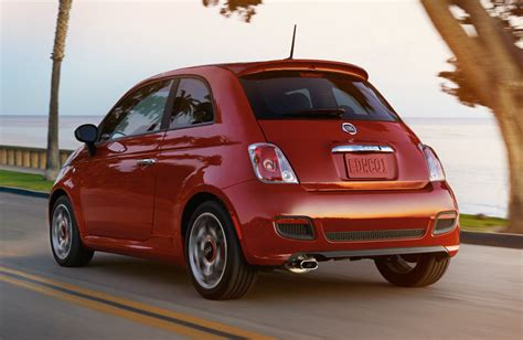 Fiat 500 Per Gallon by The Fiat 500 In Top 10 Coolest Cars 000