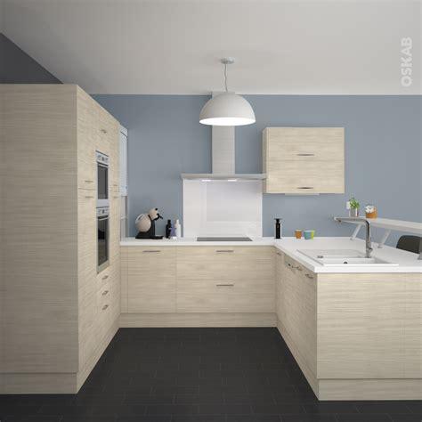 cuisine mur meuble blanc cuisine en bois clair structuré stilo noyer blanchi